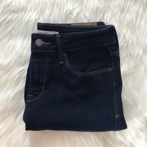Levi's Mid-Rise Skinny Jeans | Size 6